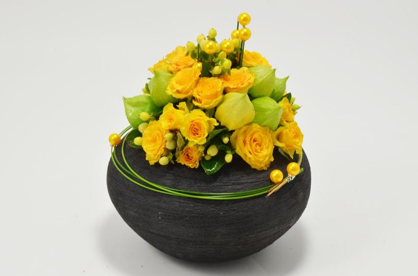 fleuriste-montpellier-juvignac-PHYSALIS ET ROSES RAMIFIES