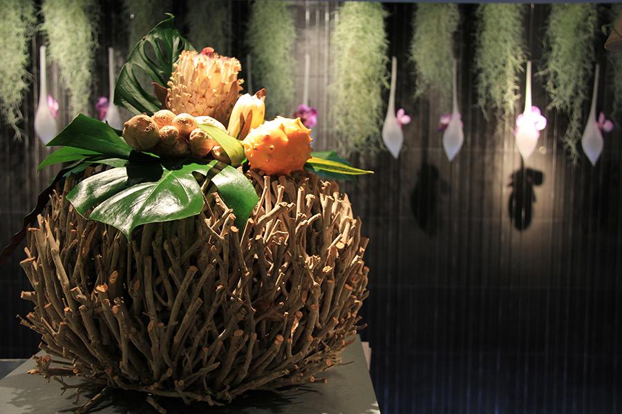 fleuriste-montpellier-juvignac-vases-boule-ecorce-bois