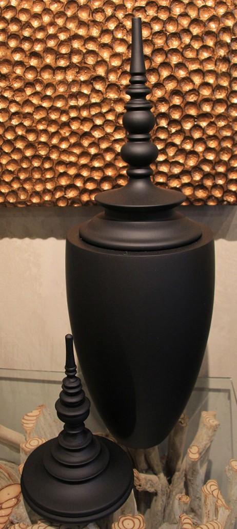fleuriste-montpellier-juvignac-vases-en-bois-de-Mango-tailles-dans-la-masse