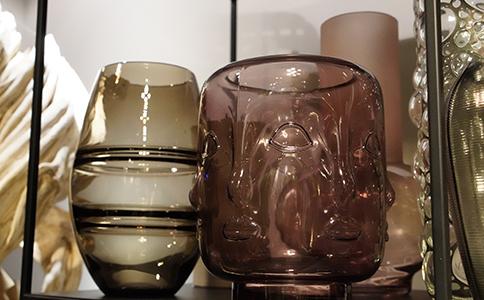 vignettes-page-vitrine-vases